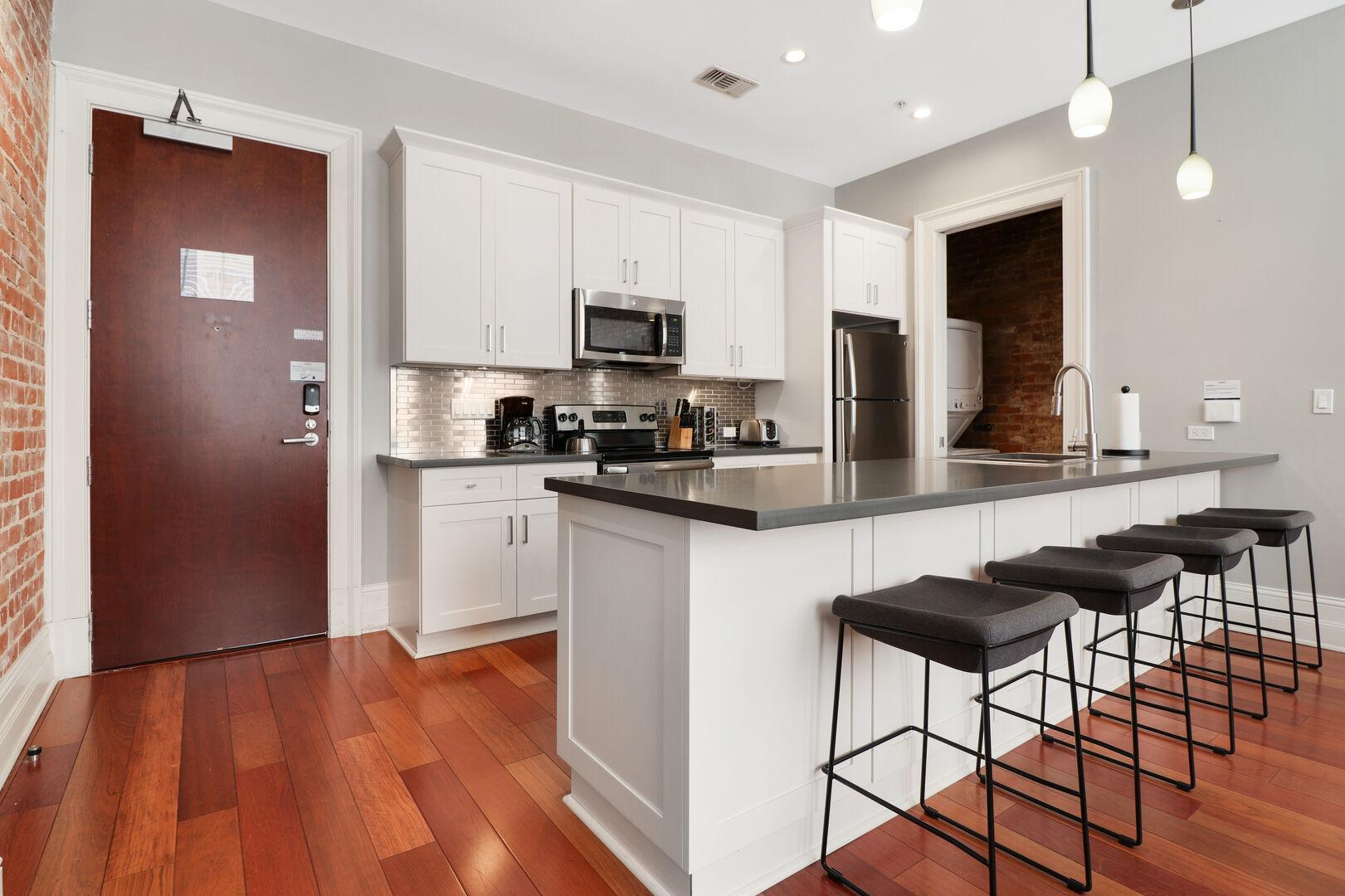 Property Image 2 - Factors Row 2 bed | 2 bath #314- 5 minutes to Bourbon St.