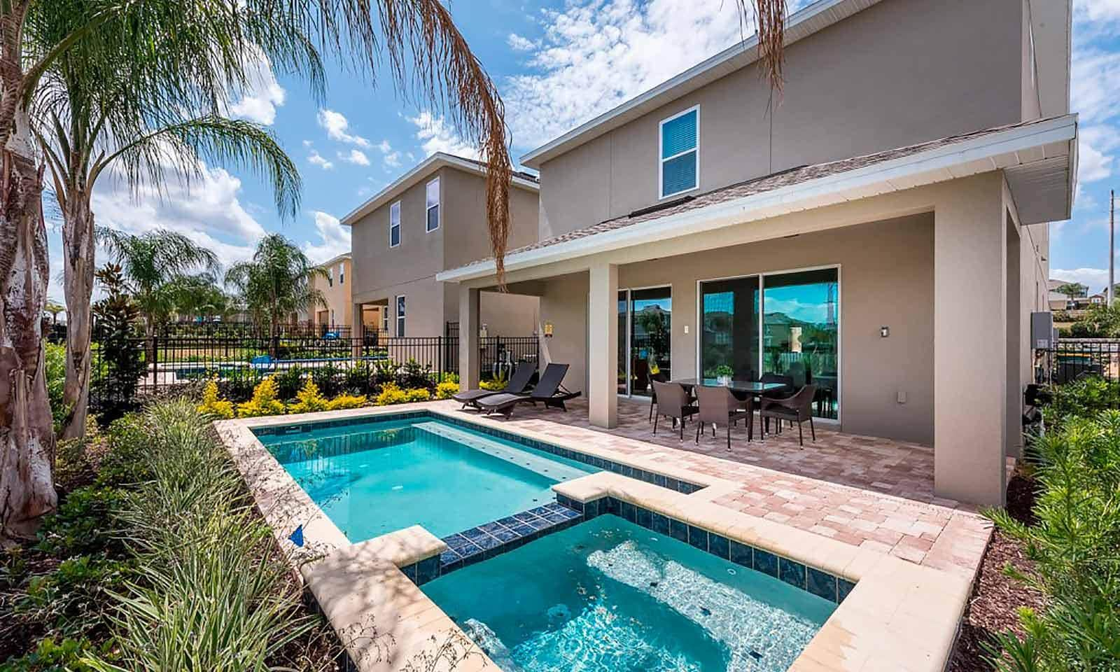Property Image 2 - Modern Villa with Pool and Games at Encore