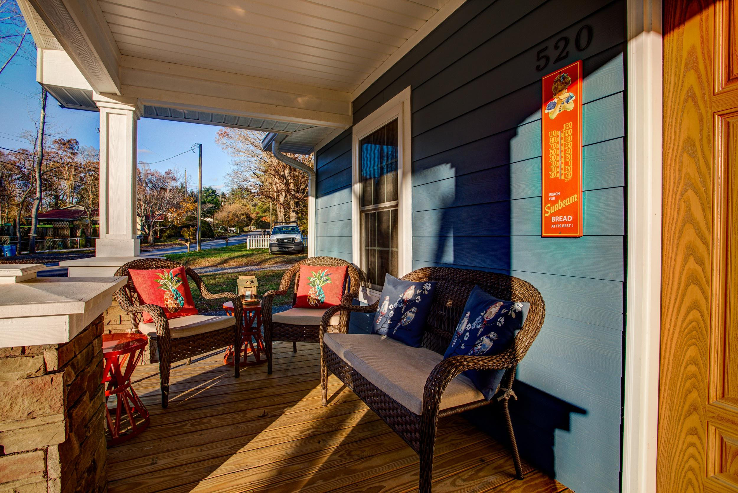 Eclectic 2 bedroom Home in Downtown Asheville