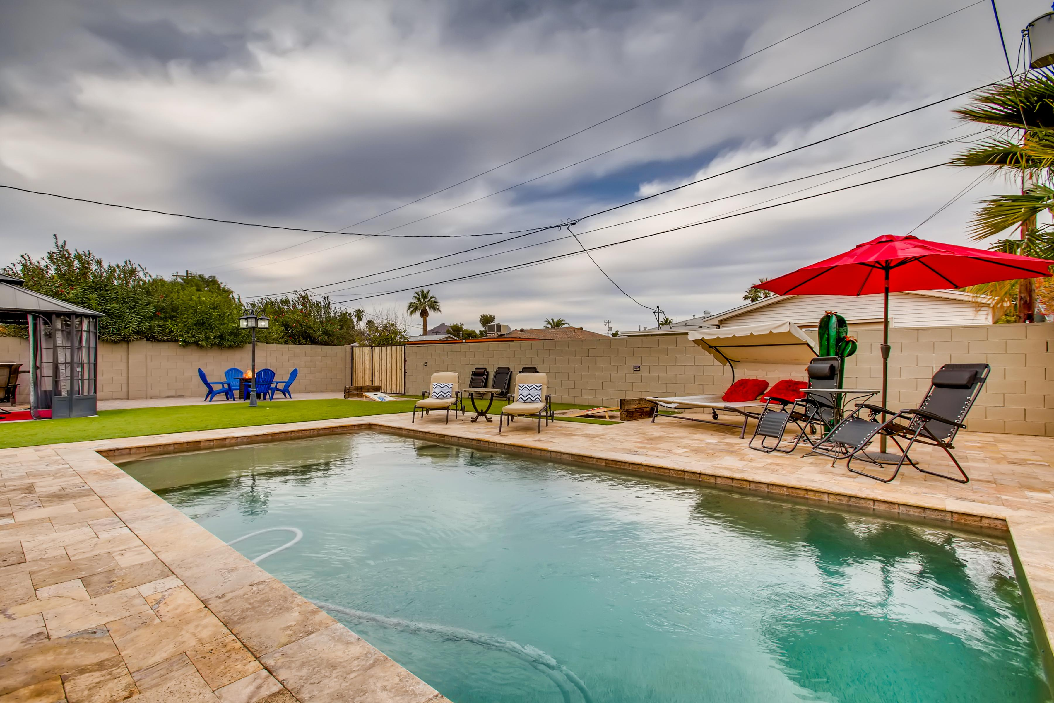 Property Image 2 - SUNSUNSET VIBES in OLD TOWN with HEATED POOL & PET FRIENDLY