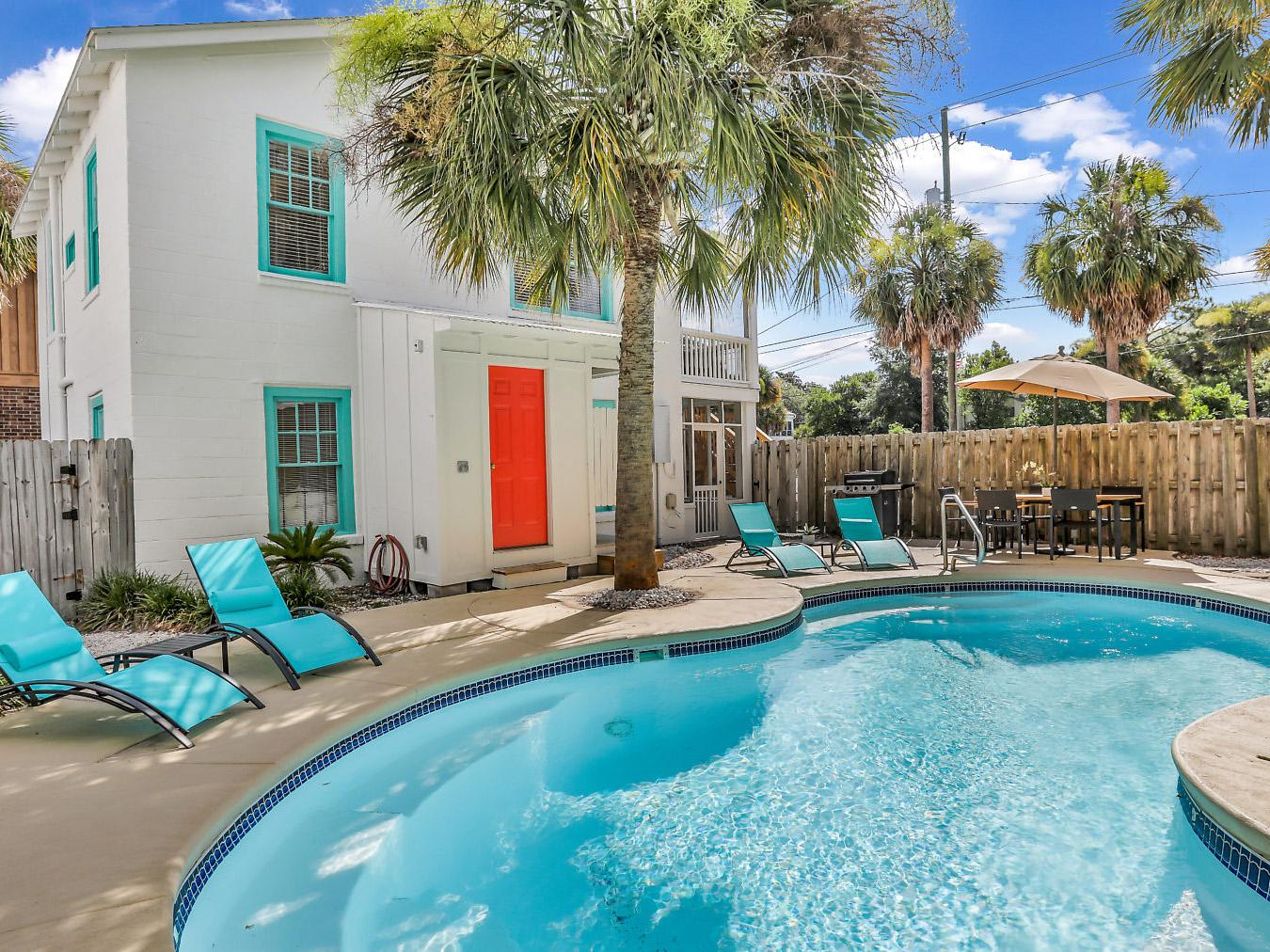 Remarkable Downtown Property with Private Pool