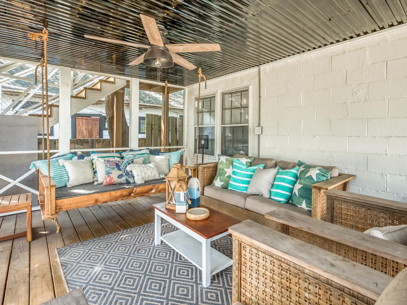 Beautiful Tybee Island Home with Great Outdoor Space and Firepit