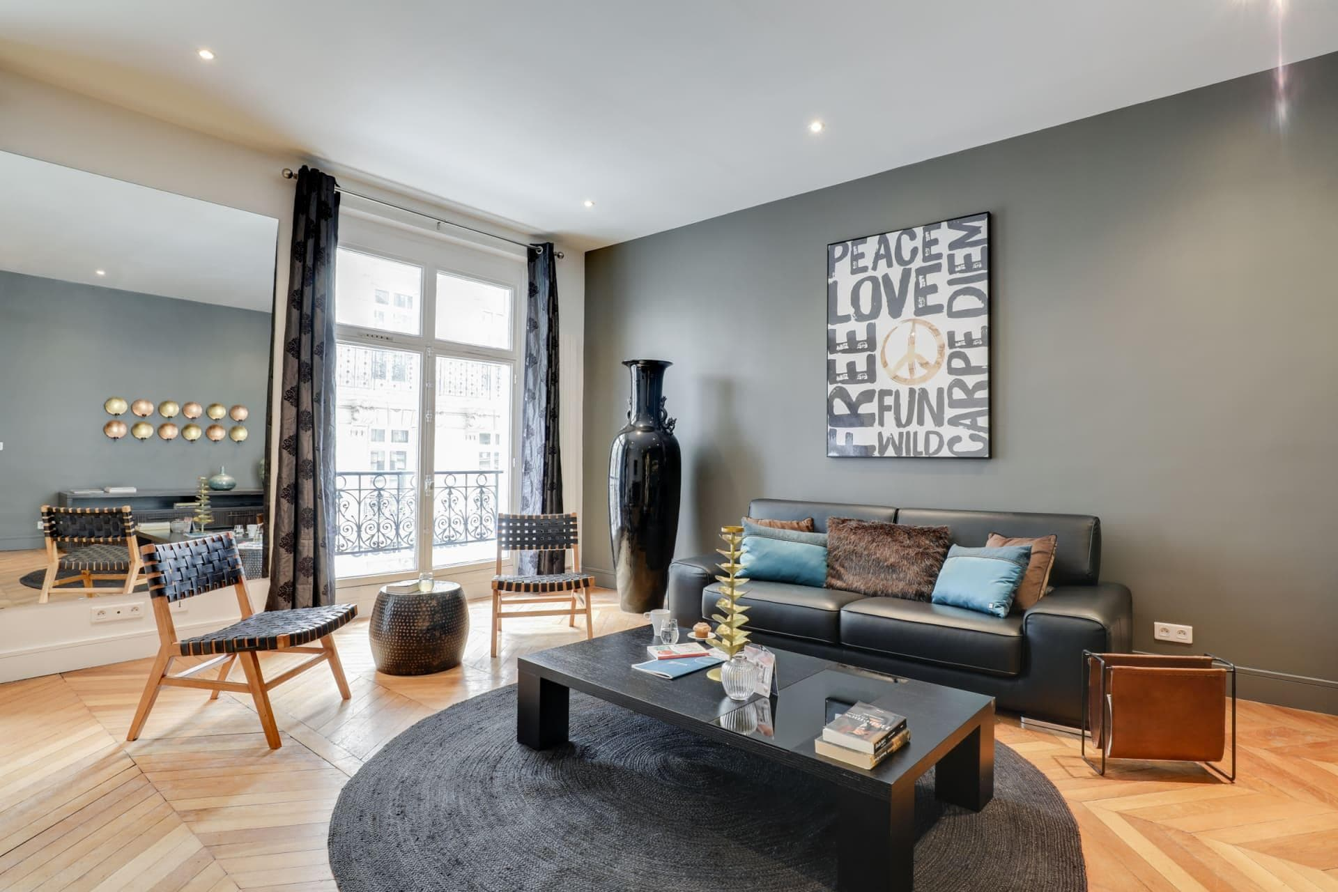 Property Image 1 - Three-bedroom Parisian Elegance Apartment Surrounded by Historic Monuments