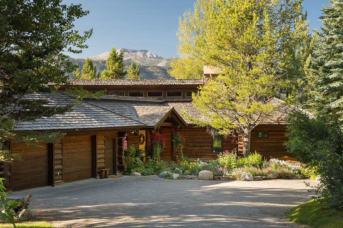Secluded Cabin in the Woods with Views of the Teton Range