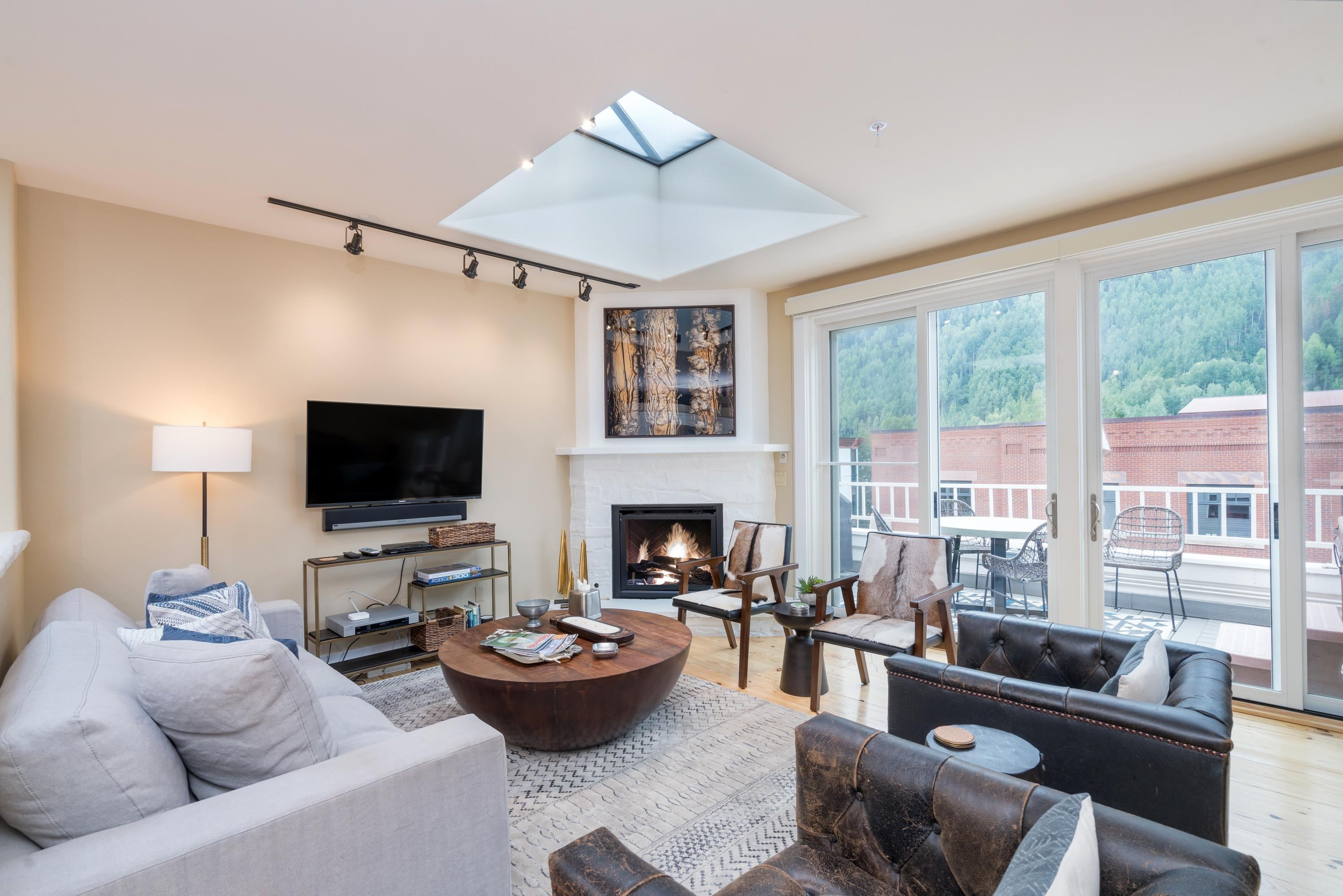 Property Image 1 - Impeccably Decorated Condo with Private Hot Tub and Views