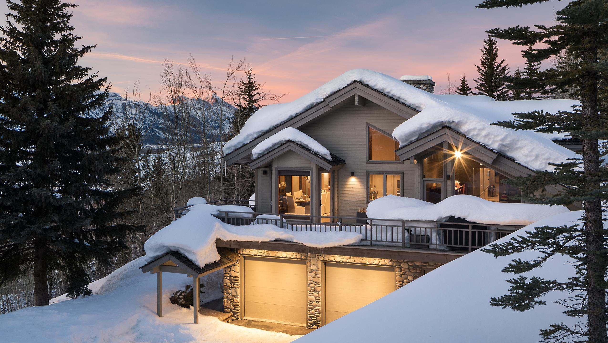 Stunning Four Bedroom Retreat with Teton Views