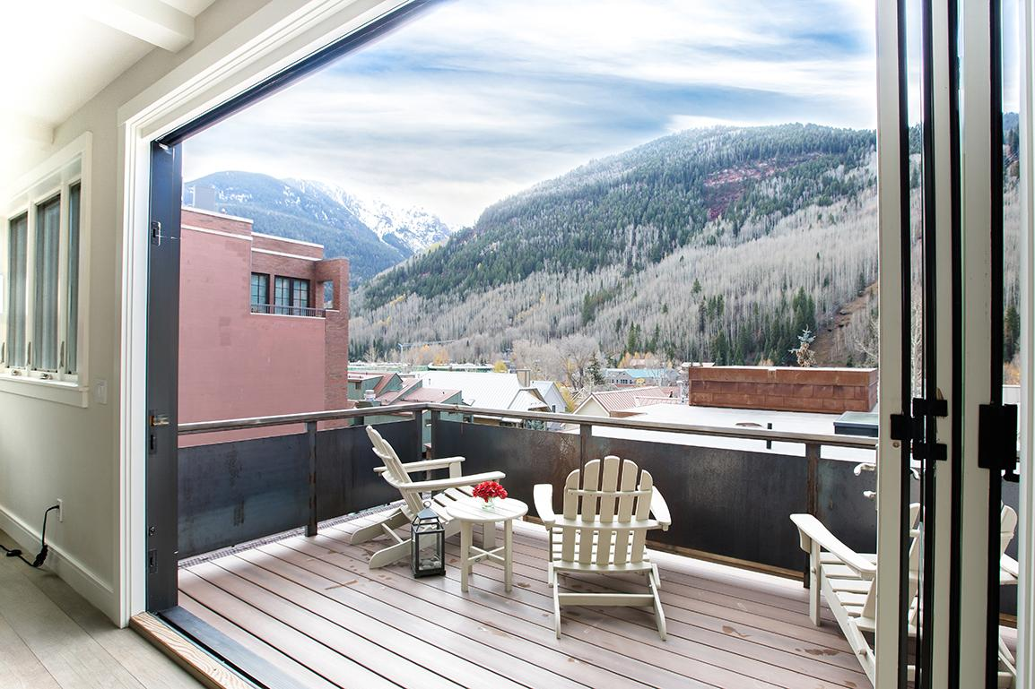 Contemporary Penthouse in Downtown Telluride