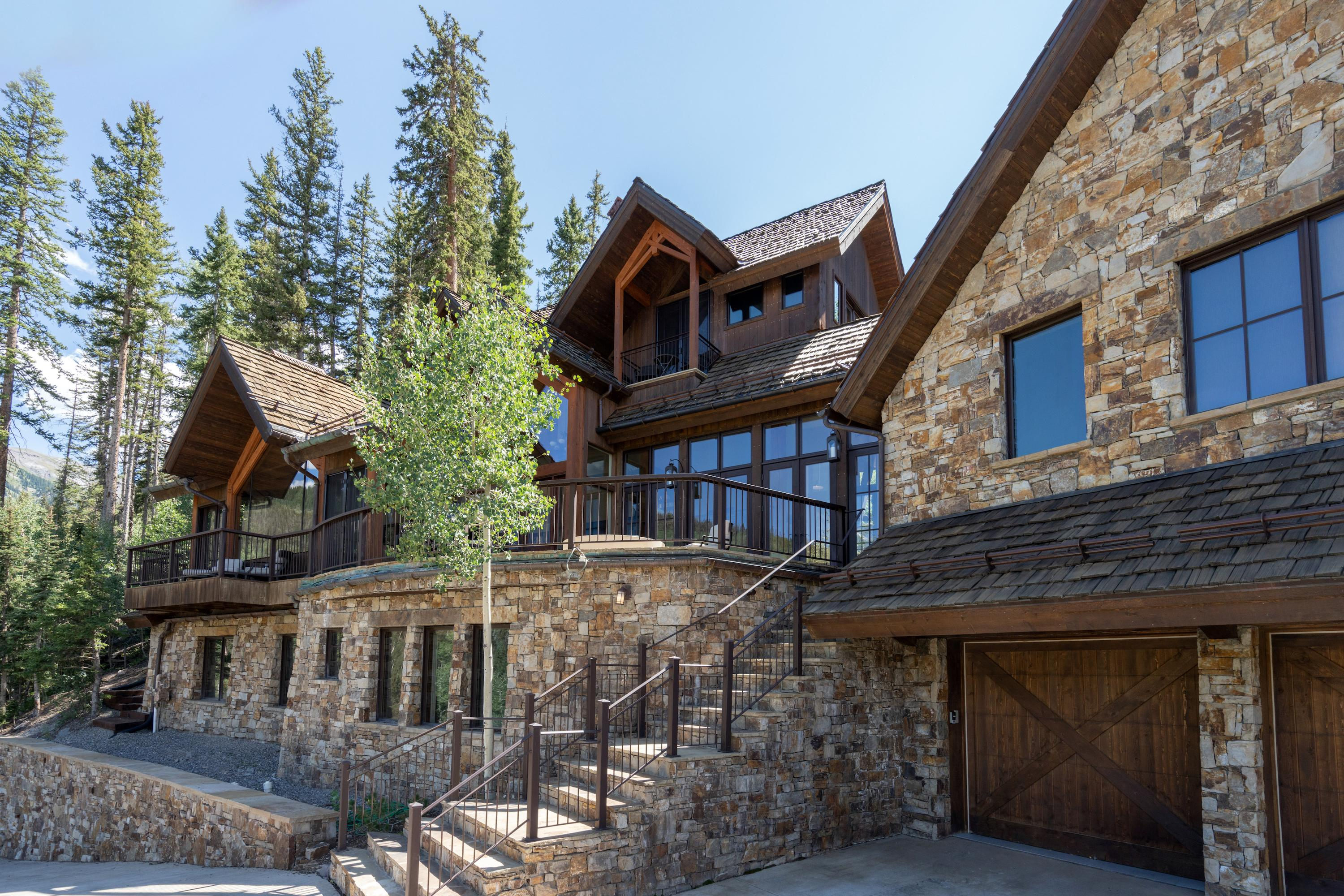 Luxurious Slopeside Villa with Fire Pit and Hot Tub