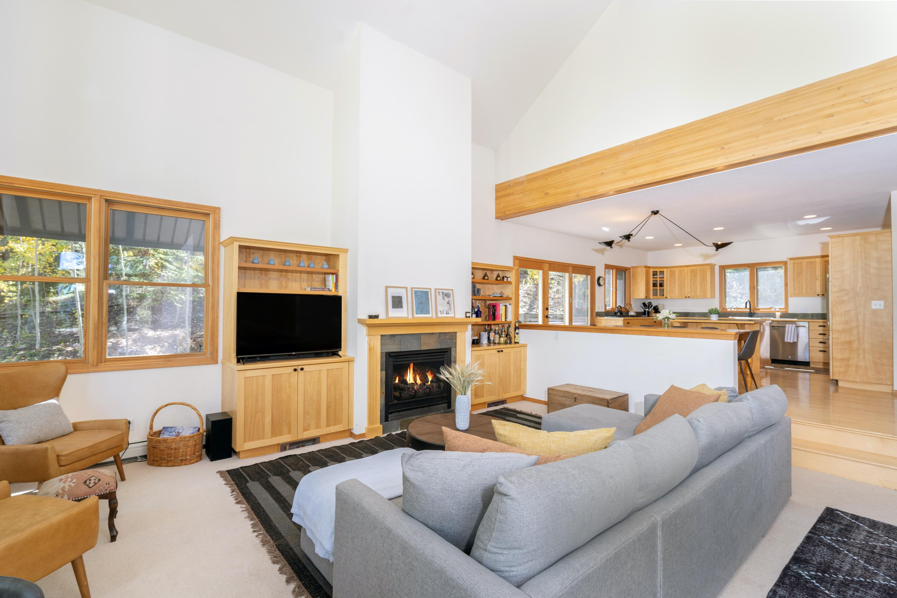 Stunning Slopeside Home with Hot tub and Ski Access