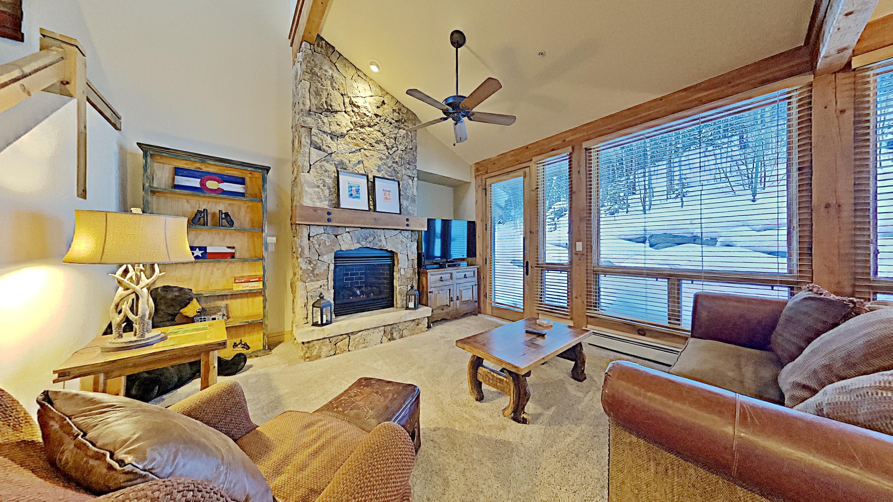 Property Image 1 - Bright mountain Townhome with community Clubhouse access