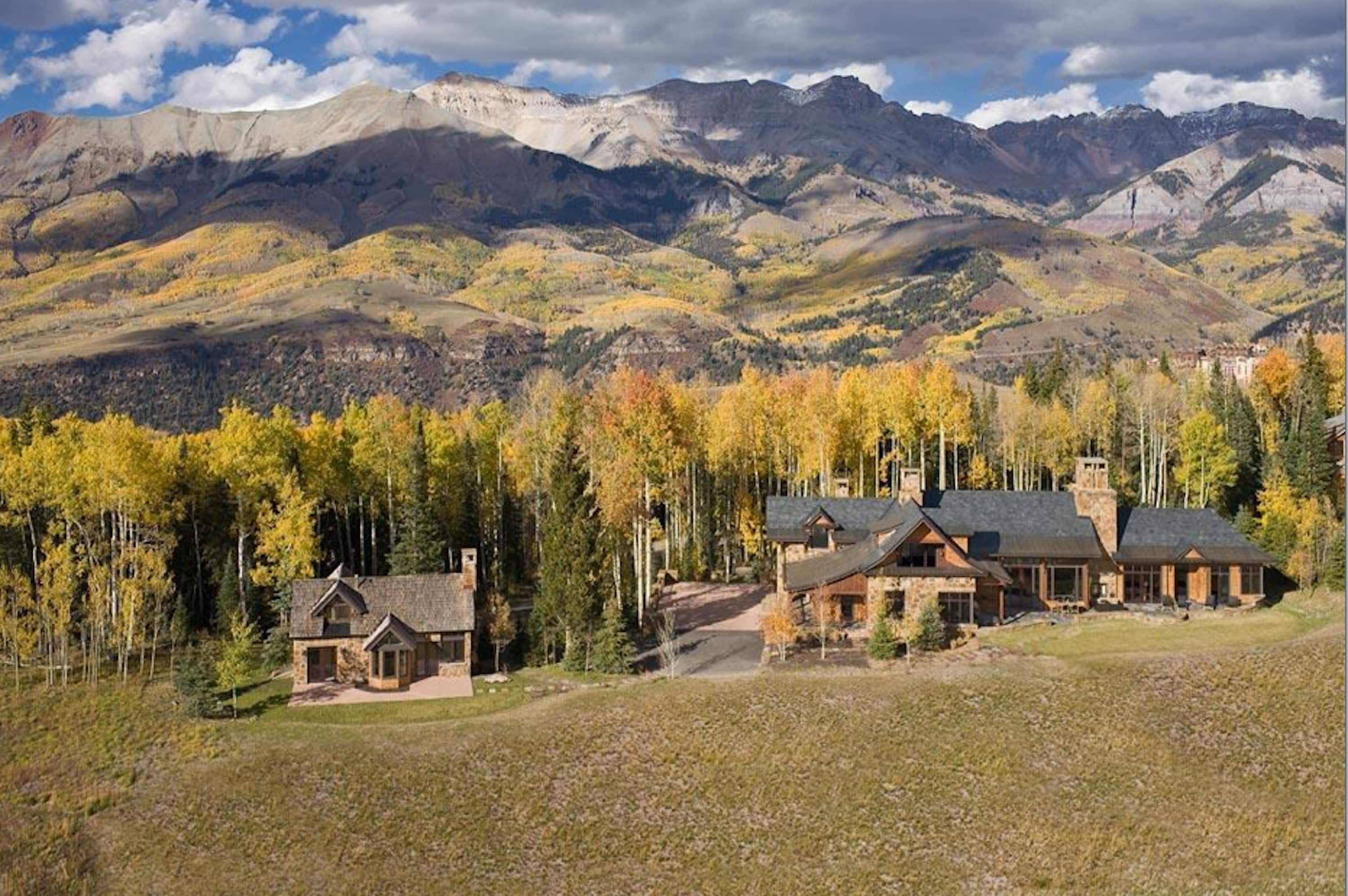 Unparalled Elegant Estate with Mountainside Ski Access