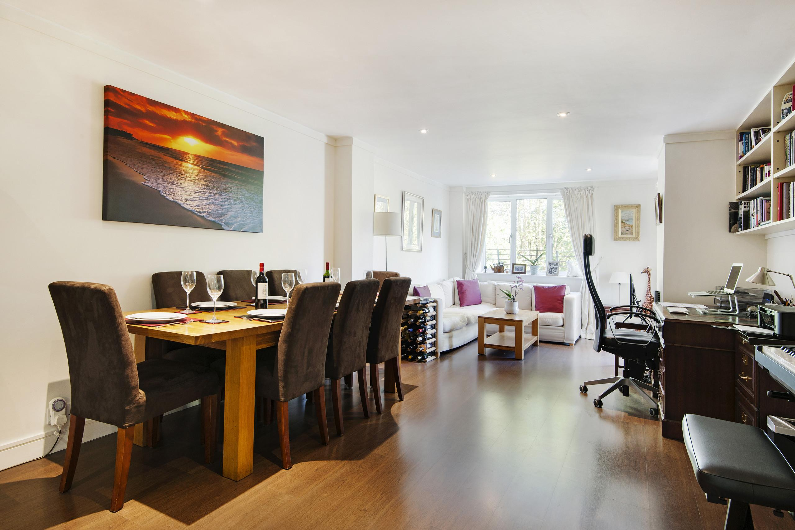 Property Image 1 - Prestigious Putney home by the River Thames