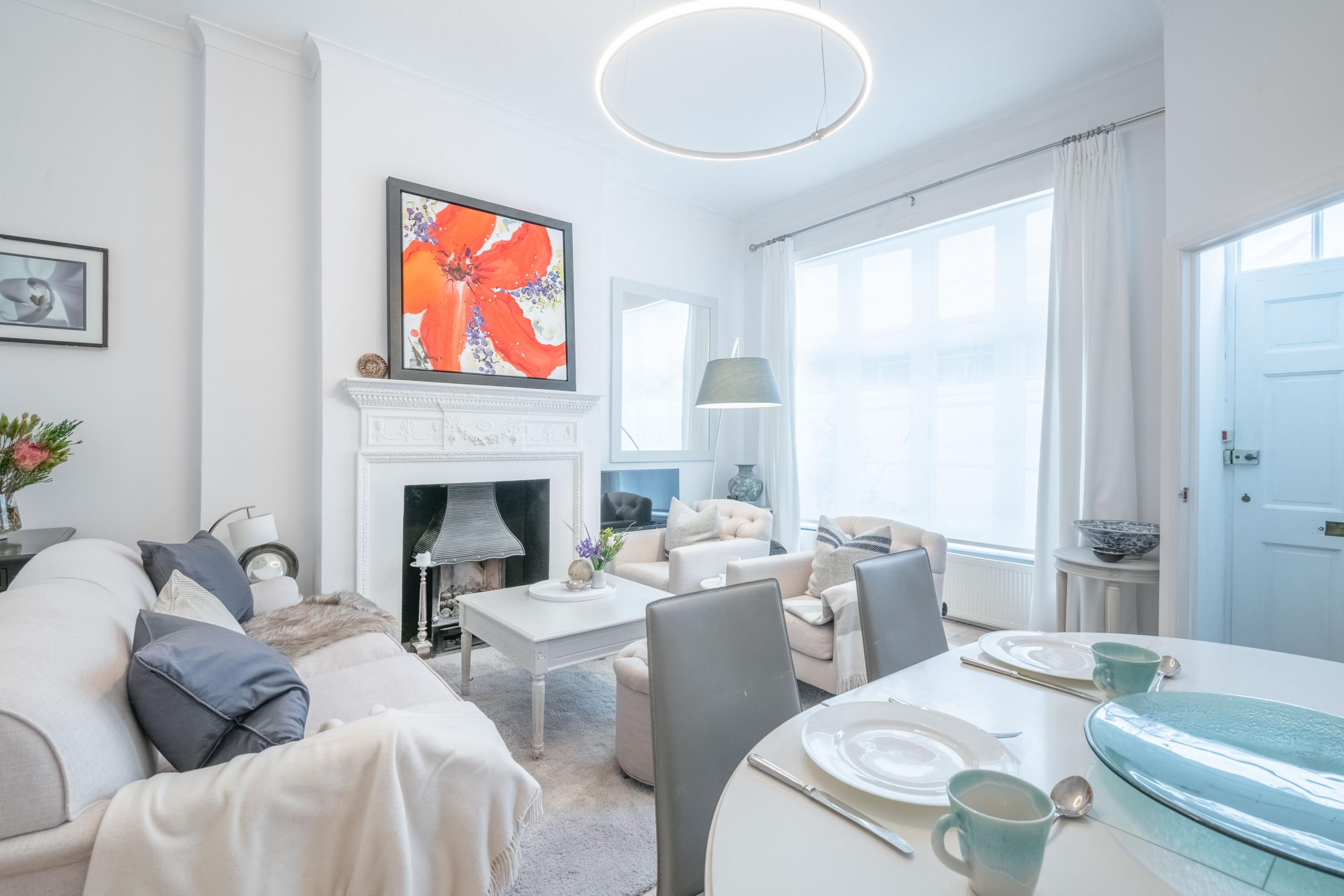 Property Image 1 - Stunning Central London Home near Hyde Park