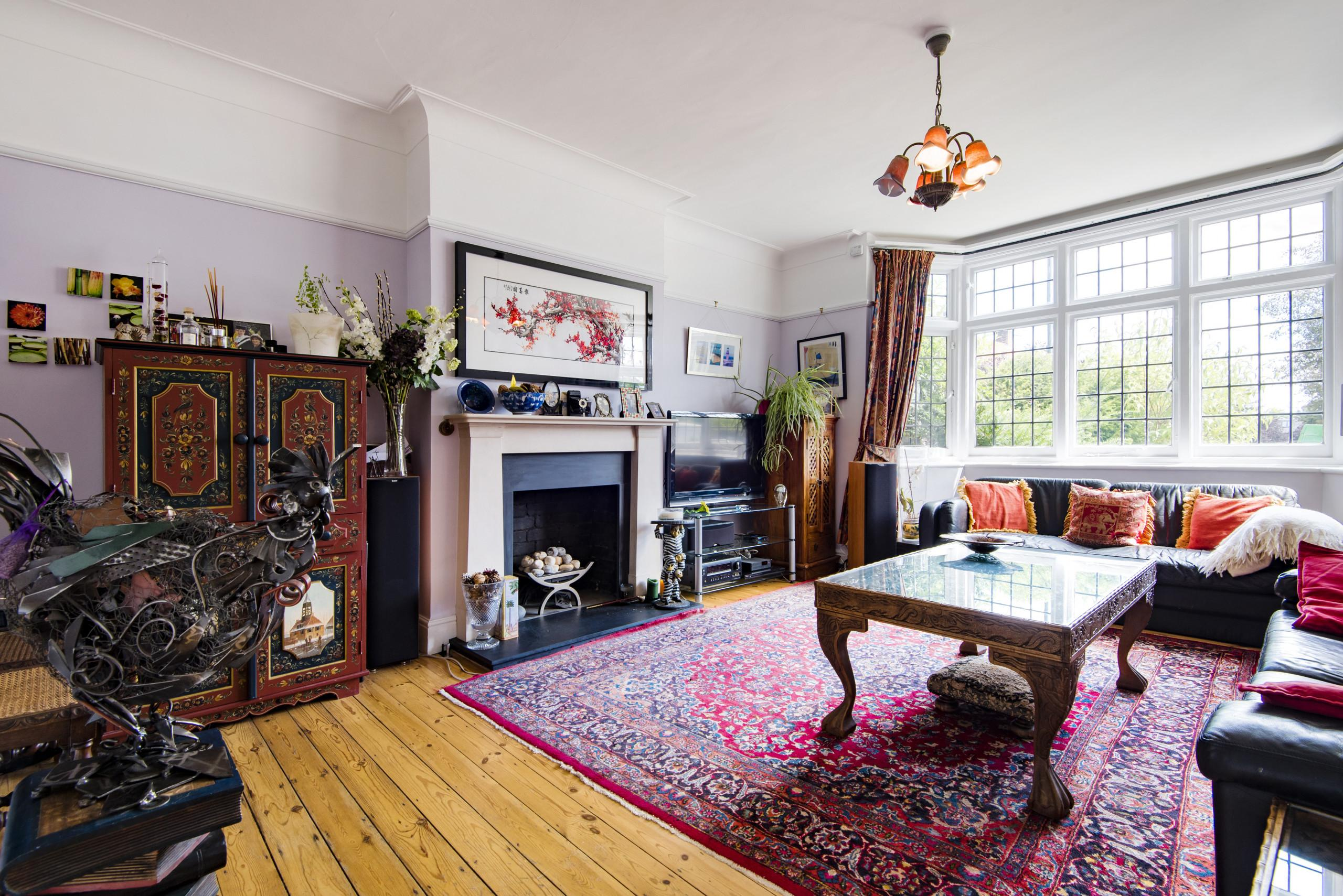 Property Image 1 - Vintage Twickenham Home by the River Thames