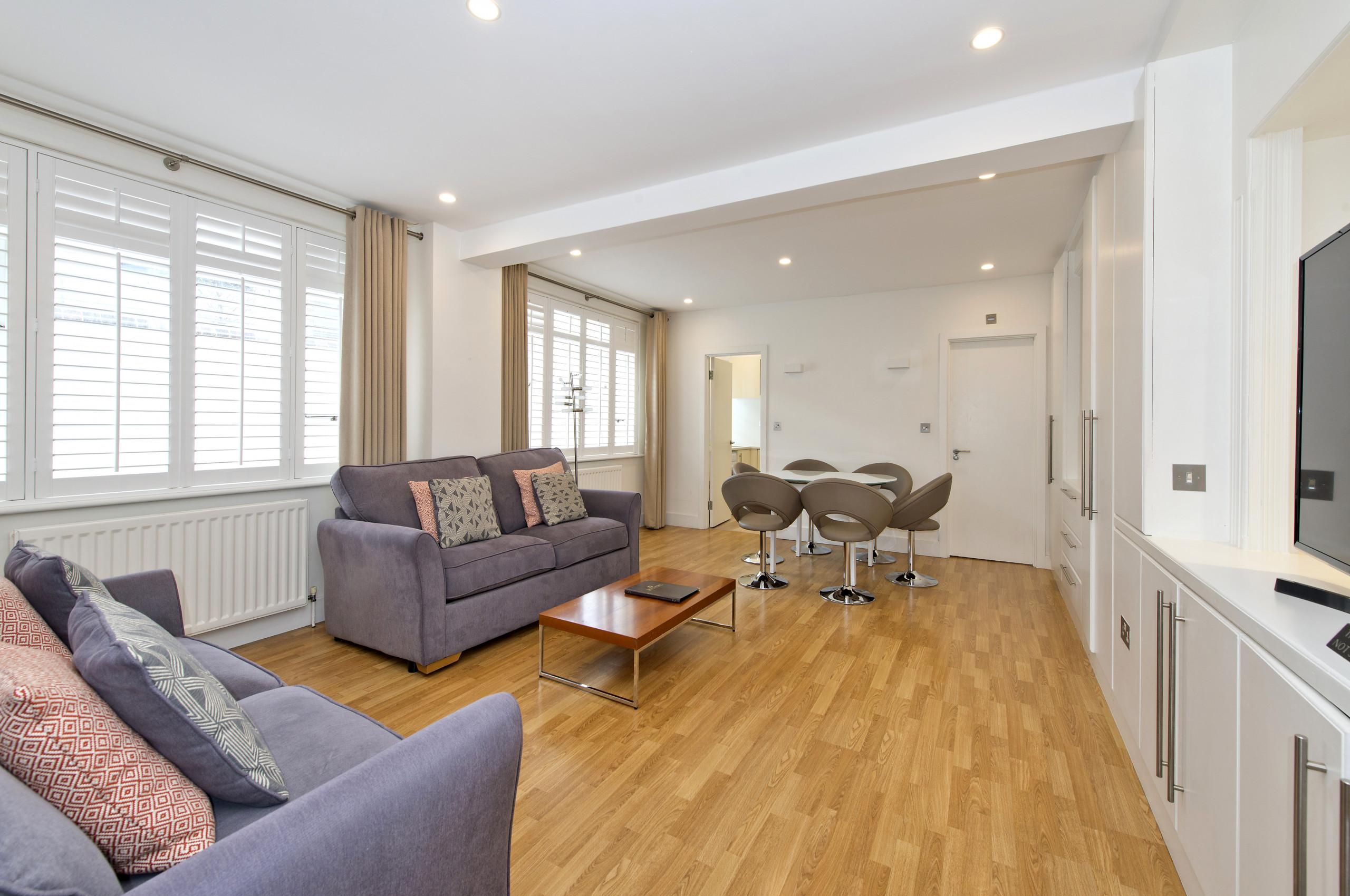Property Image 1 - Luxury Family Home in Chelsea