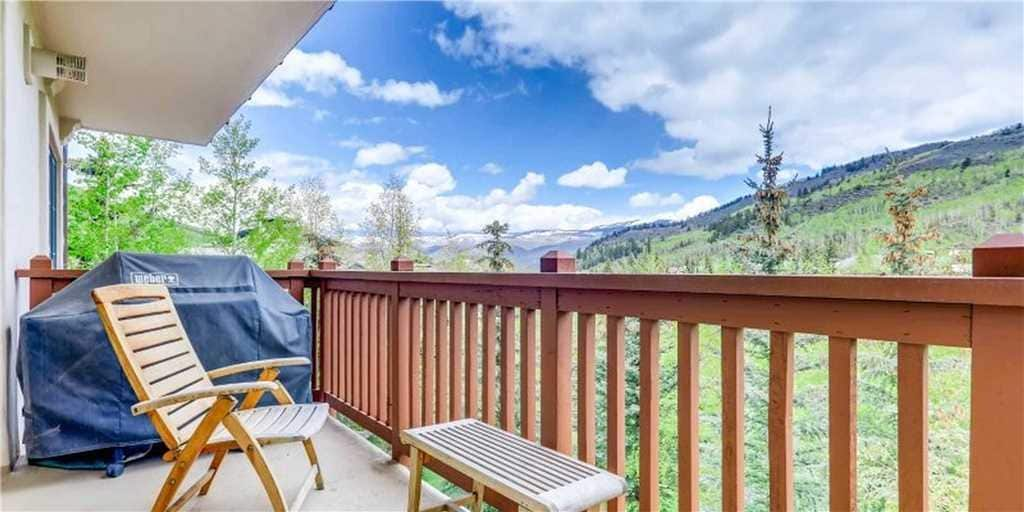 Property Image 1 - Tranquil Three Bedroom Condo with Pool and Mountain Views