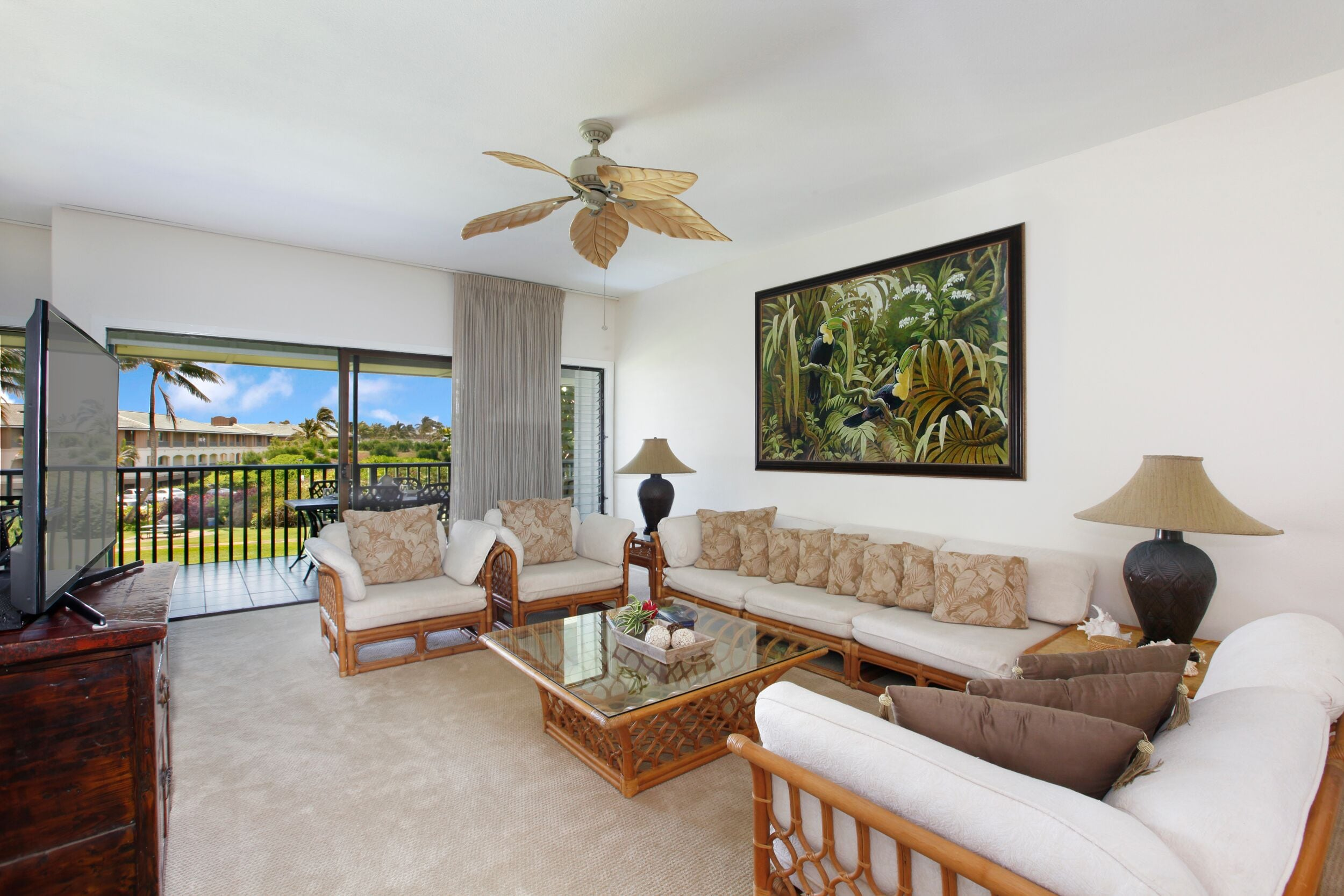 Property Image 2 - Large and Spacious Kauai Villa within a Short Walk to the Beach