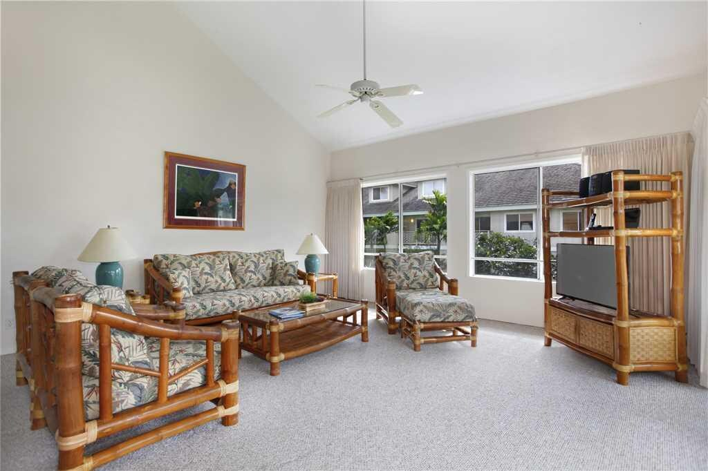 Large Open Poipu Villa Beautifully Appointed Near Pool
