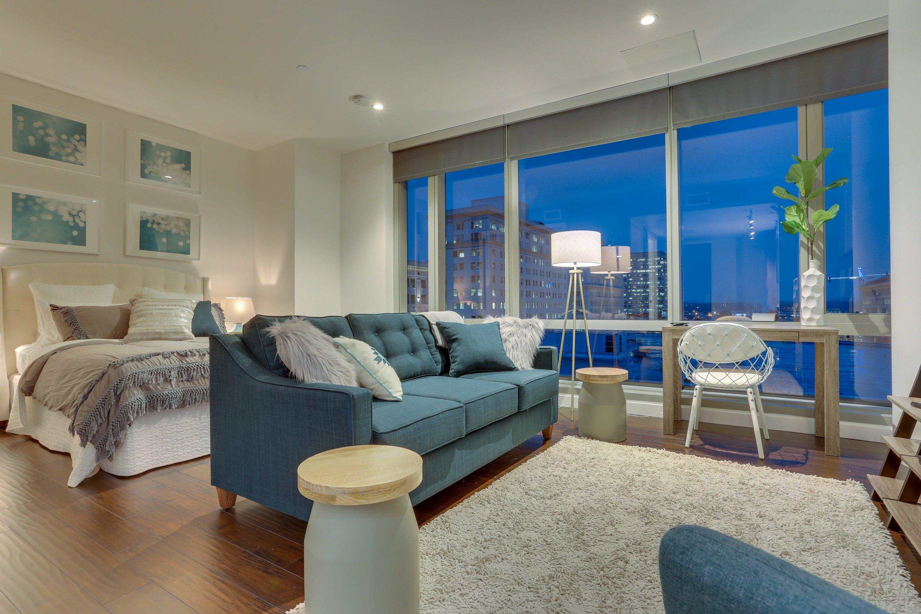 Park Avenue West 607: Bridgetown Beauty
