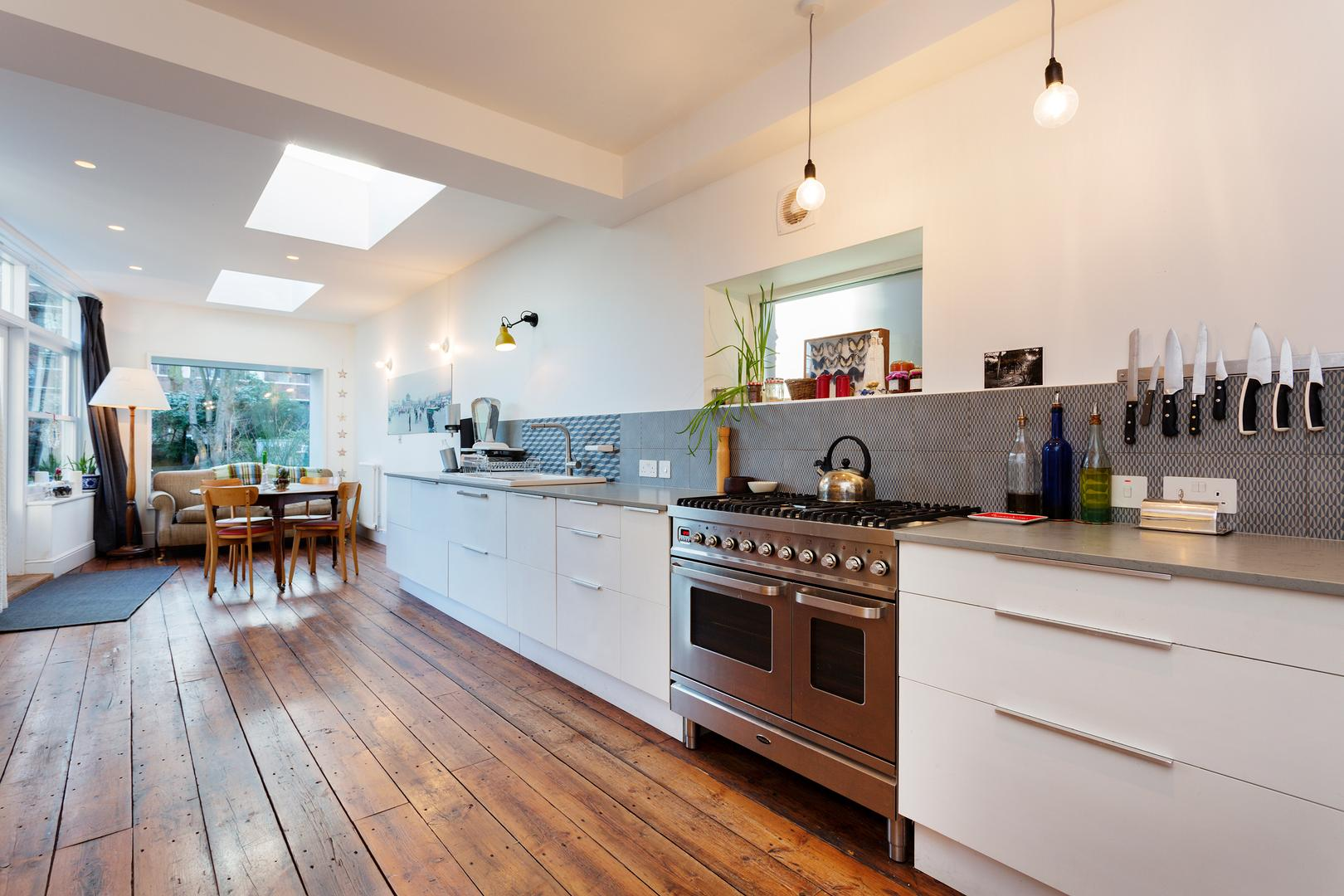 Property Image 1 - Upscale Tufnell Park House with Large Grand Interior