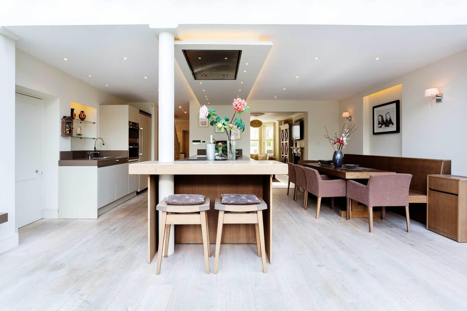 Property Image 1 - Opulent Stylish Clapham House with Large Kitchen area