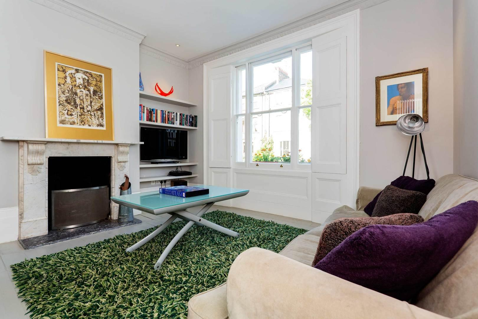 Property Image 2 - Chic Bright Camden House with Large Garden