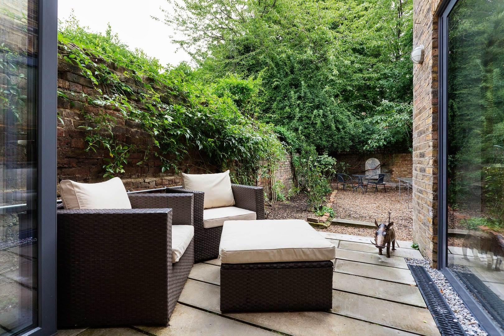 Large Modern Vauxhall House with Private Garden