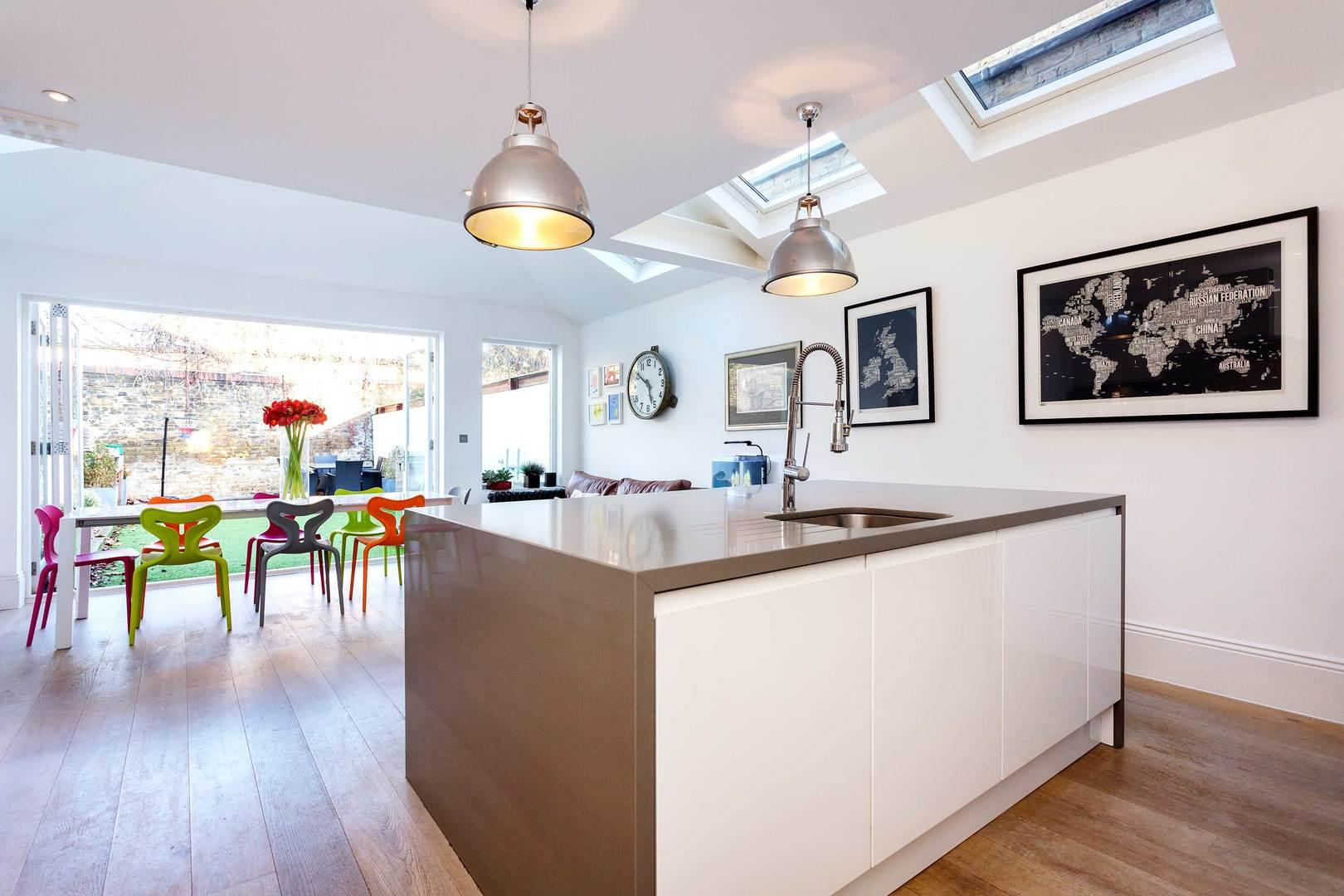 Property Image 1 - Impressive Clapham Family Home with Spacious Interior