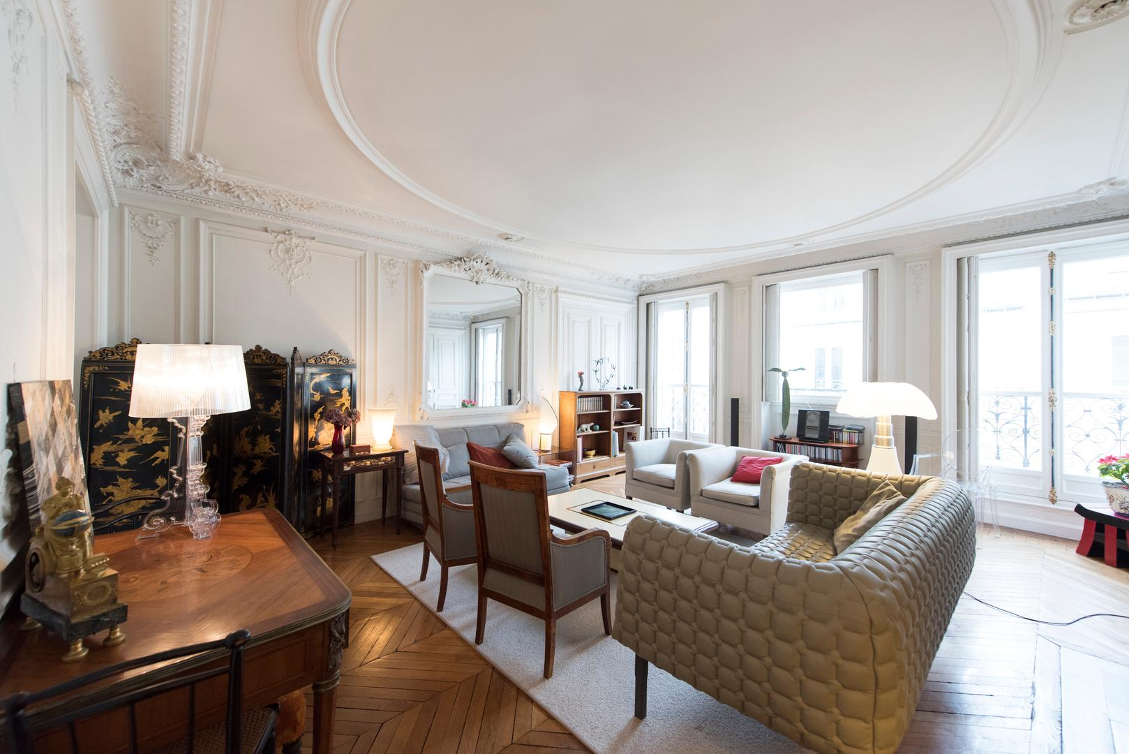 Property Image 1 - Superbly Styled Home in the 8th near the Parc Monceau