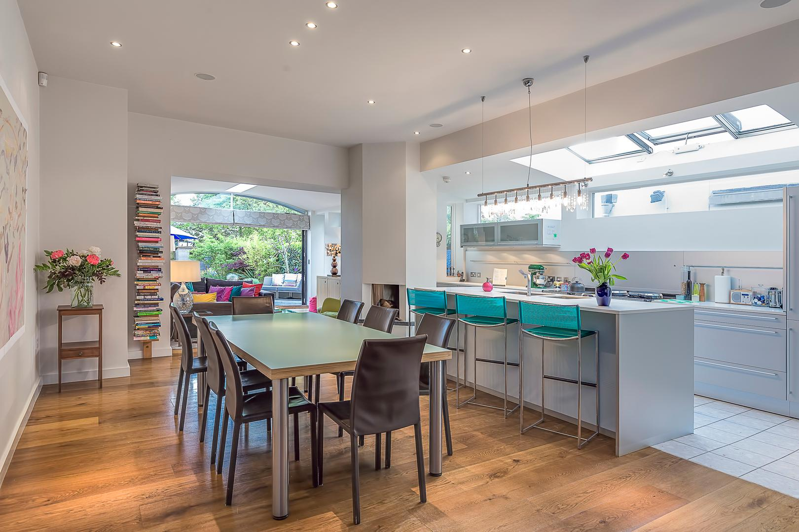 Property Image 2 - Stylish Dulwich House with Extensive Social Space