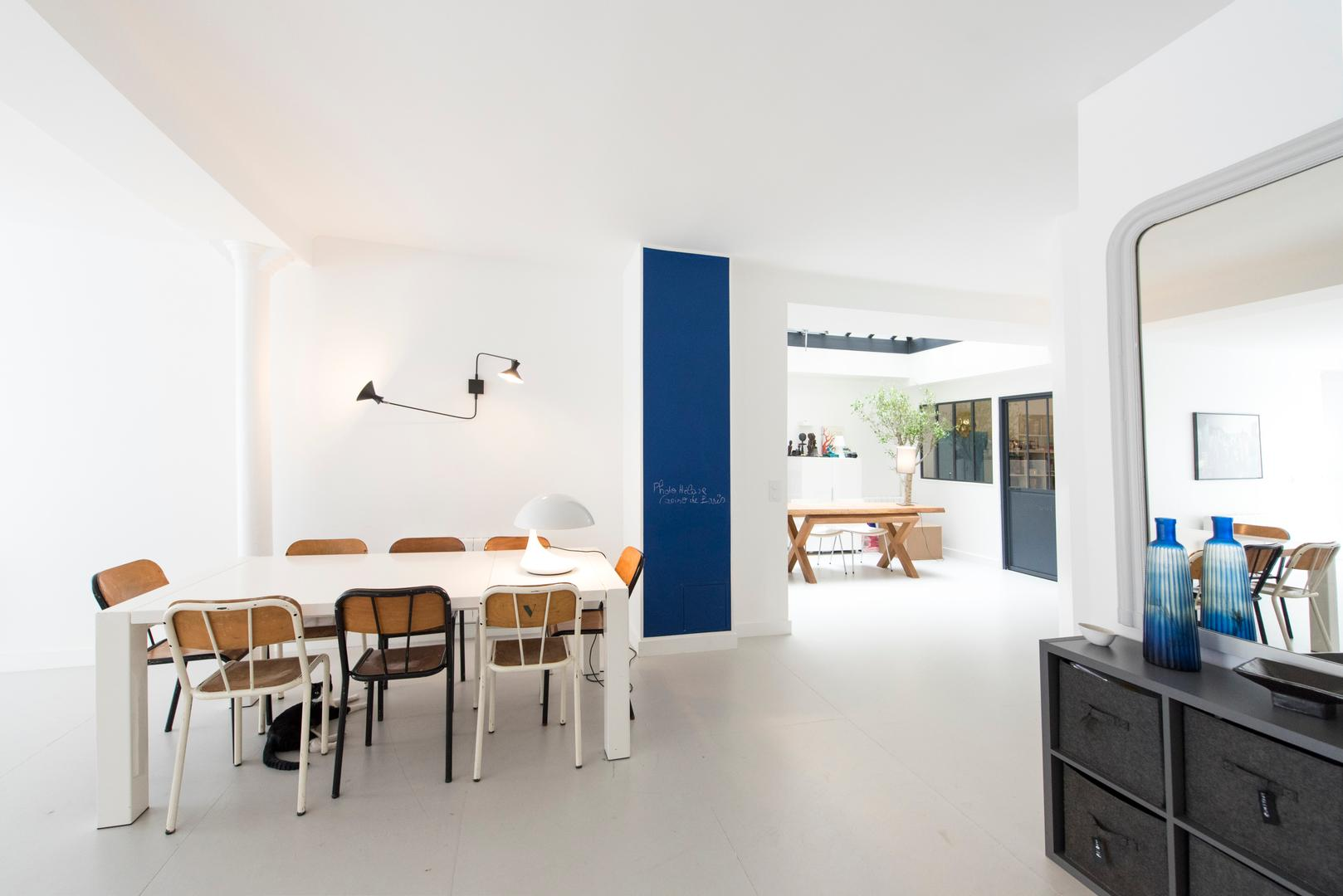 Property Image 2 - Contemporary Chic Flat with Minimalist Furnishings