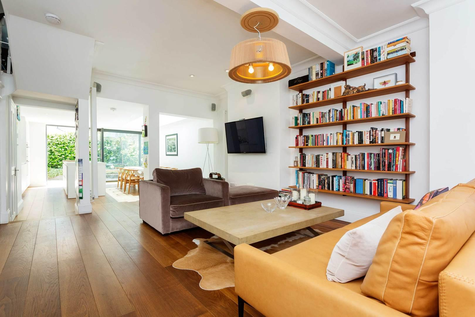 Property Image 1 - Chic Bright Fulham Family Home with Garden near Tube