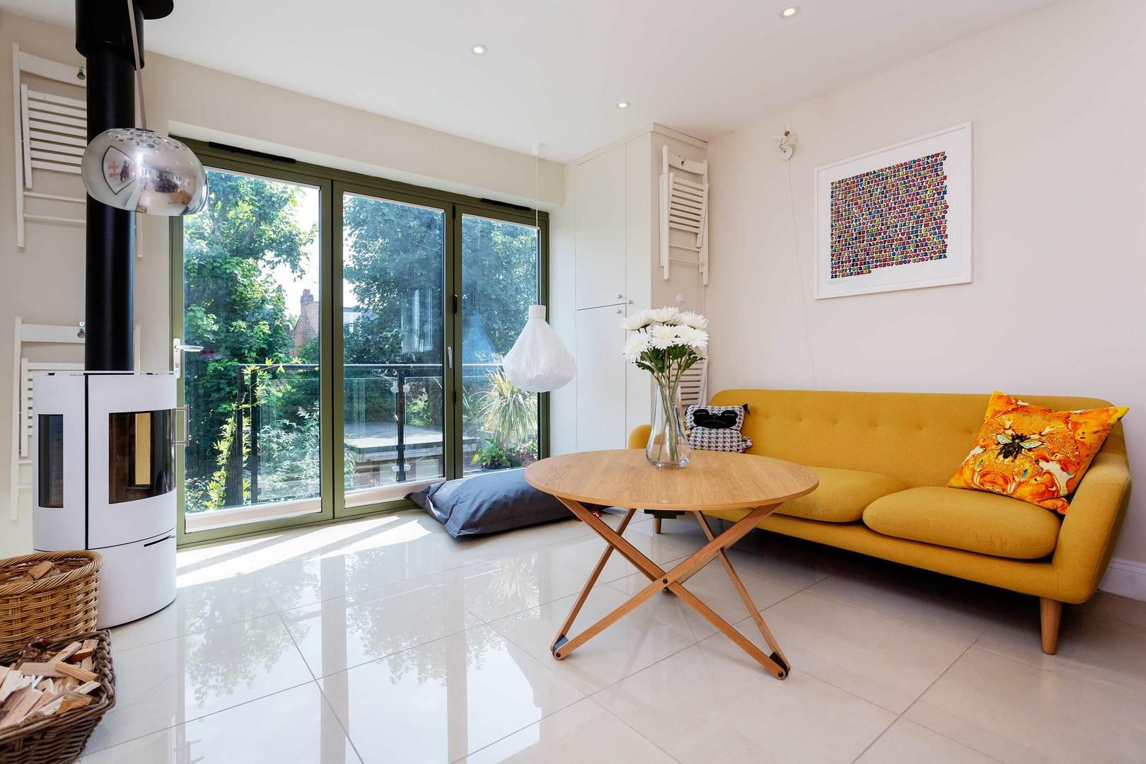 Property Image 1 - Contemporary House in Chiswick, Perfect for Families