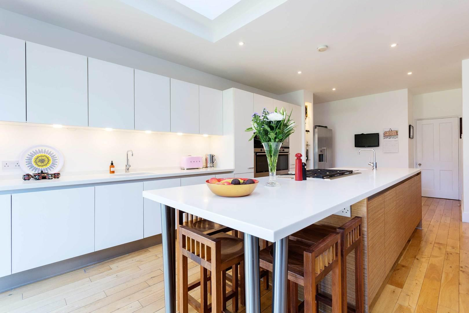 Property Image 1 - Stylish 5 bedroom Family House in Leafy Clapham