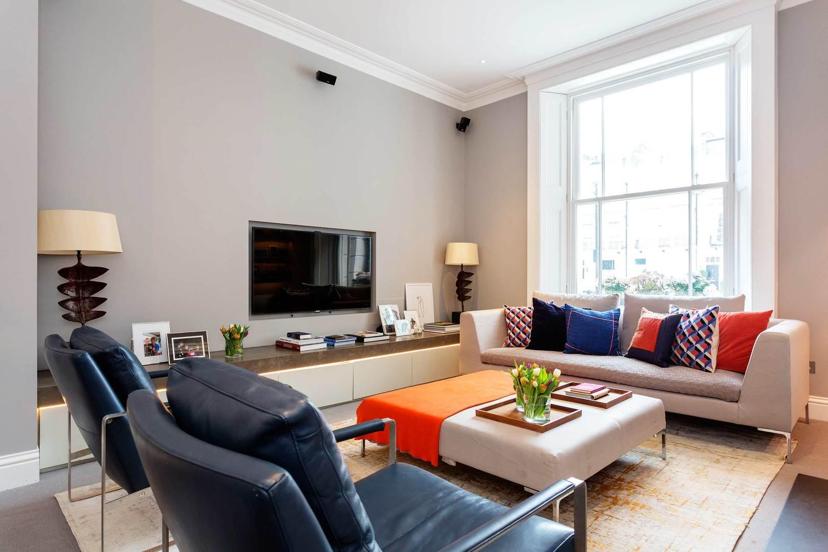 Property Image 1 - Modern Chelsea Square Flat with Private Terrace