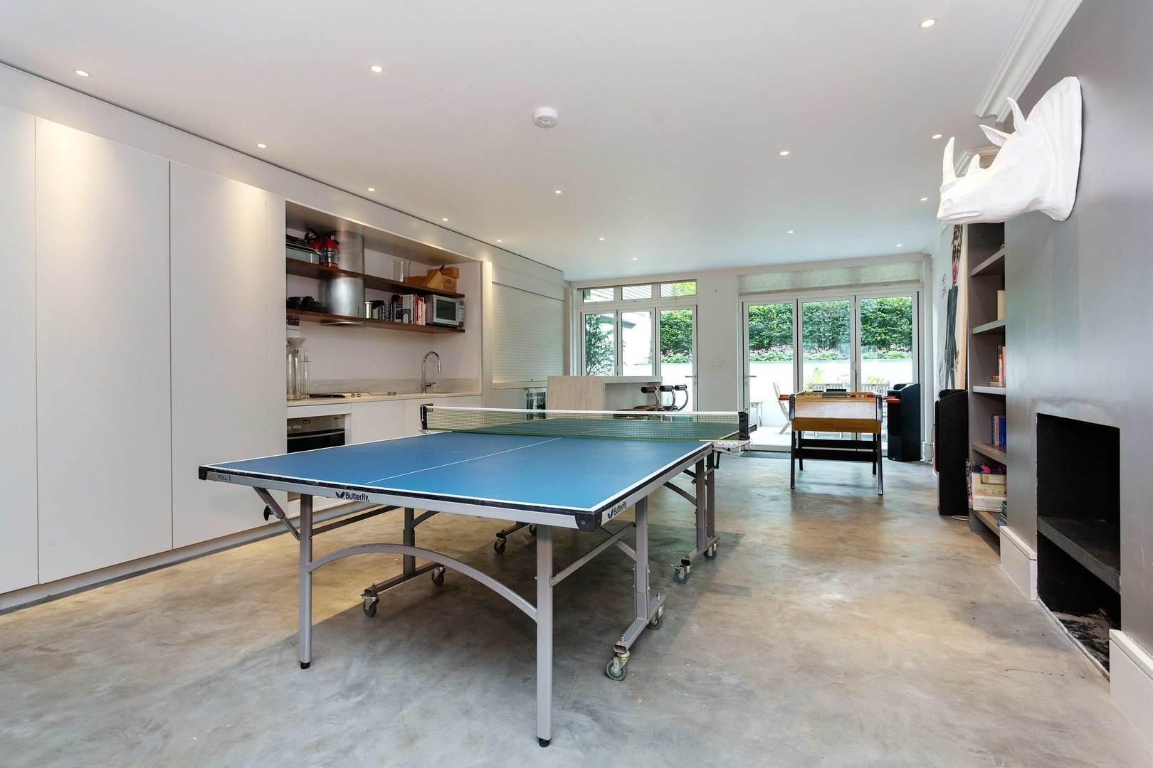 Property Image 2 -  Large Contemporary Notting Hill Apartment with Garden