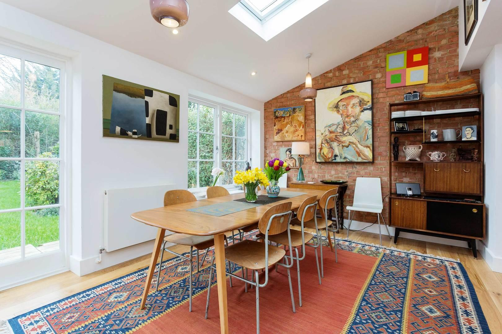 Property Image 2 - Charming Acton Family Home with Great Artwork