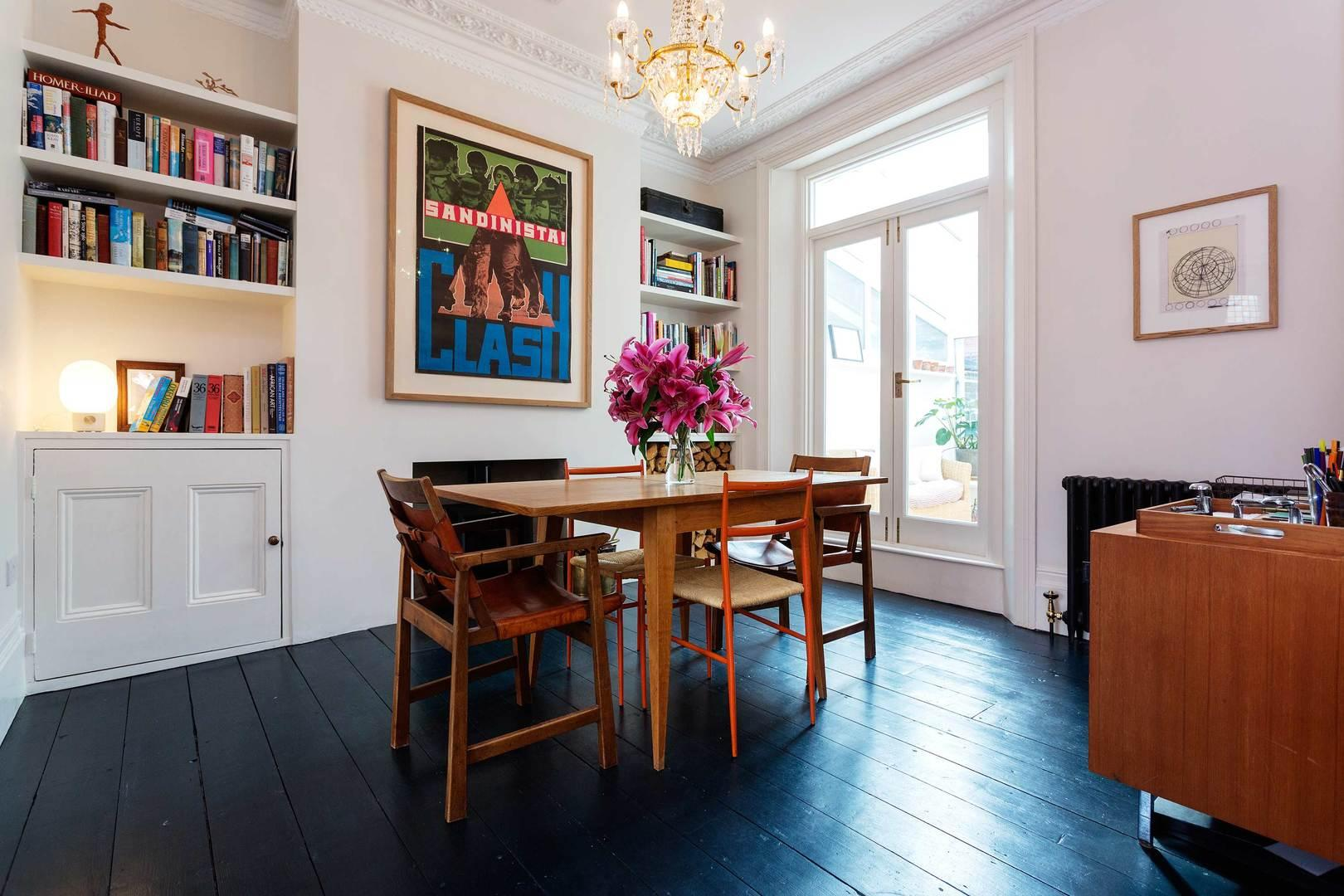 Property Image 1 - Fashionable Hammersmith House with Spacious Lounge