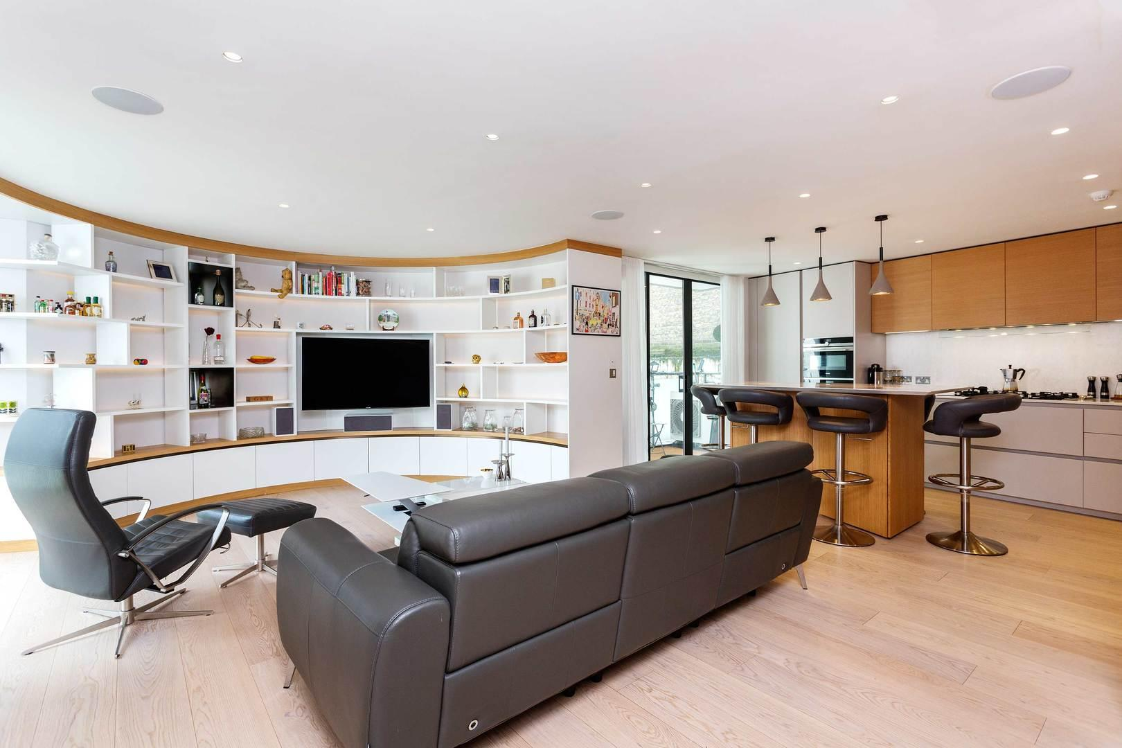 Property Image 1 - Chic Apartment in Amazing Central London Location