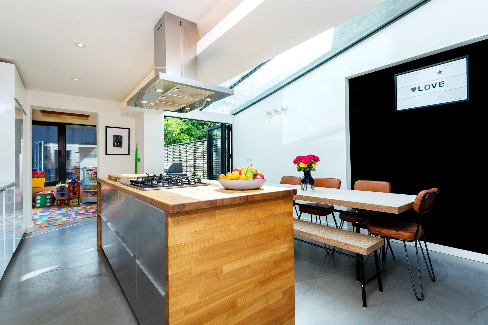 Property Image 2 - Elegant Finsbury Park House with Private Roof Terrace