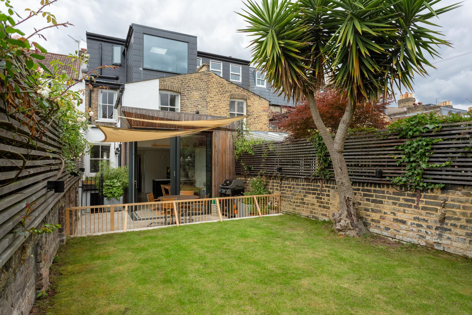 Property Image 2 - South-London Architectural  Retreat