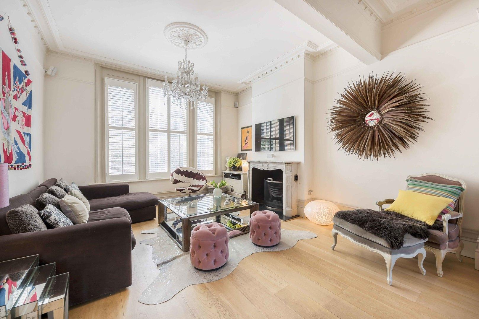 Property Image 1 - Stylish Wandsworth Residence with Huge Garden and Pool