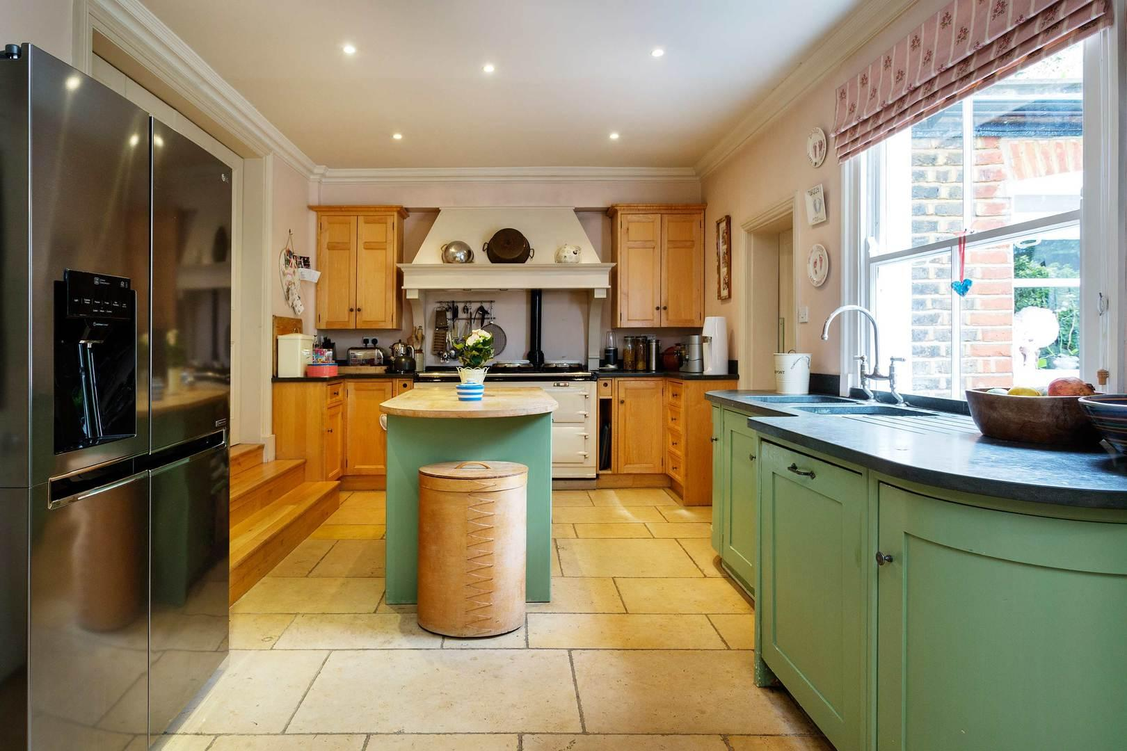 Property Image 2 - Attractive Tranquil Tooting Home with Wonderful Garden