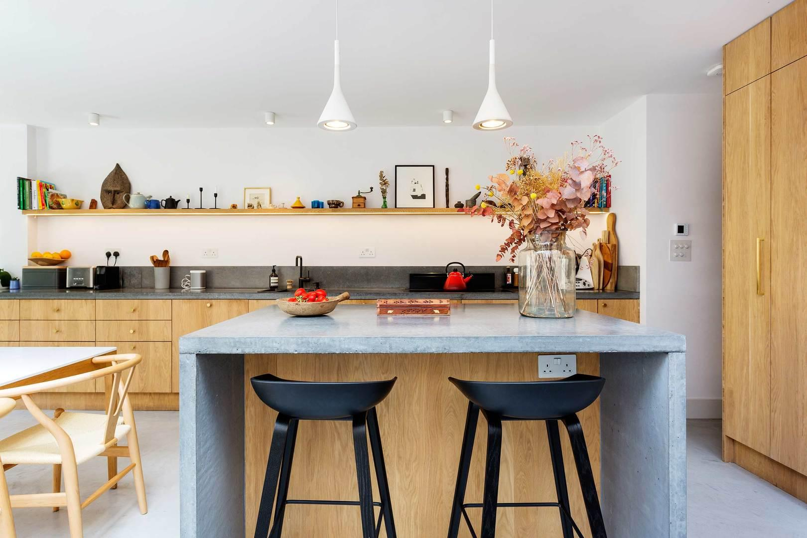 Property Image 1 - Chic Contemporary Islington Home with Luscious Garden