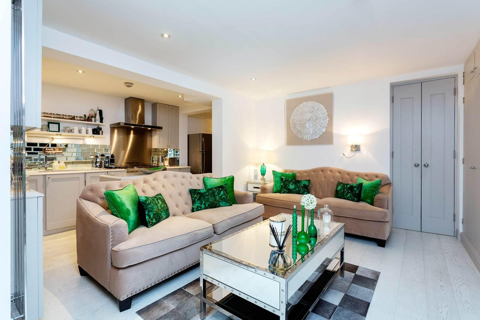 Impressive Marylebone Apartment in Excellent Location