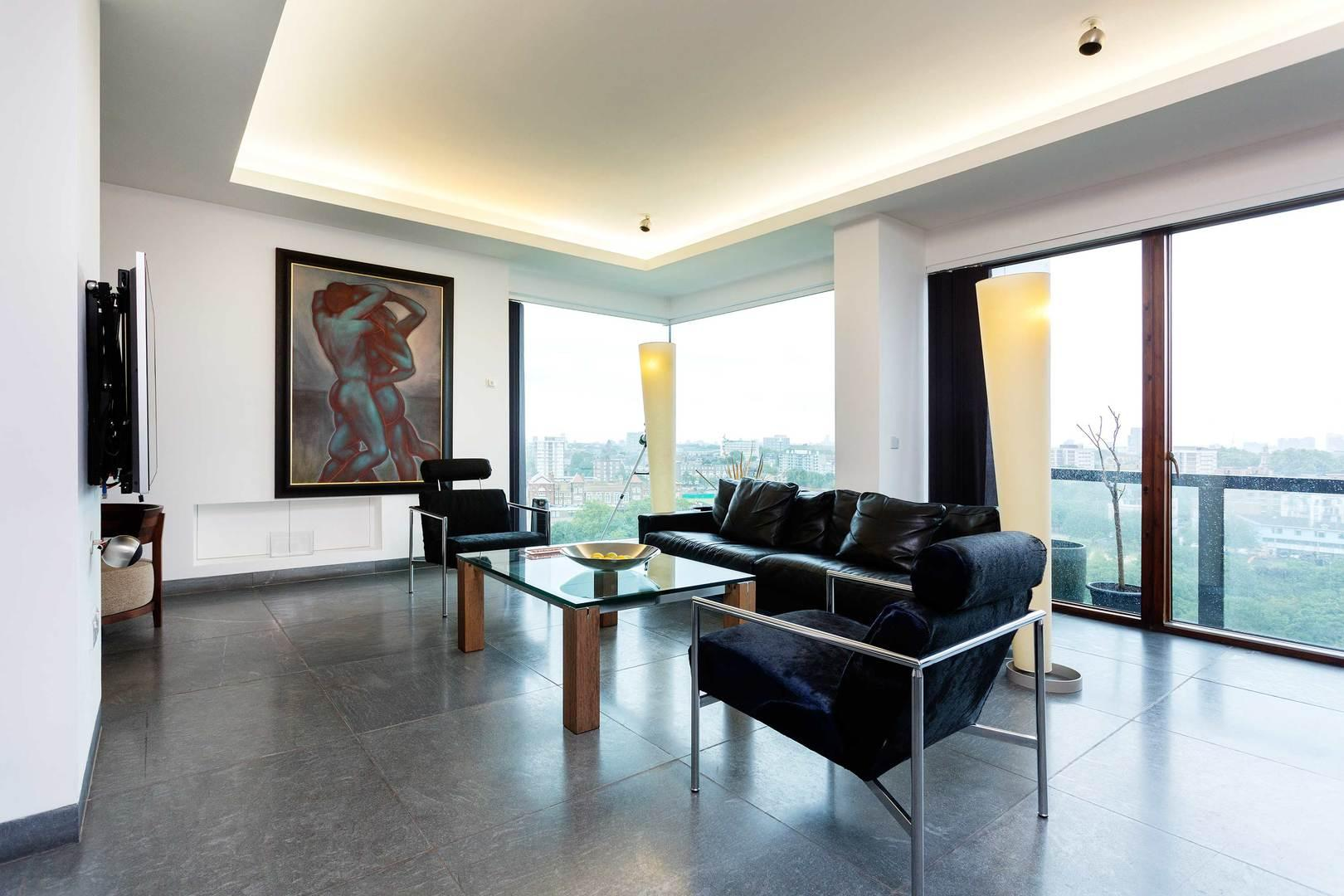 Property Image 1 - Superb Hoxton Penthouse with Astonishing Views over London