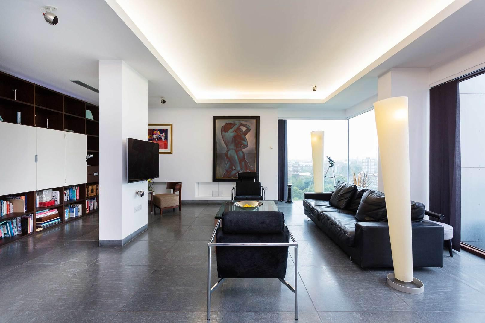 Property Image 2 - Superb Hoxton Penthouse with Astonishing Views over London