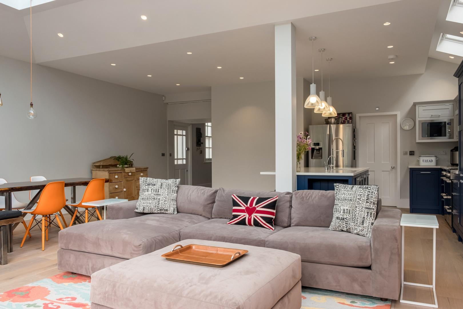 Property Image 1 - Impressively Chic Wimbledon Home with Private Garden