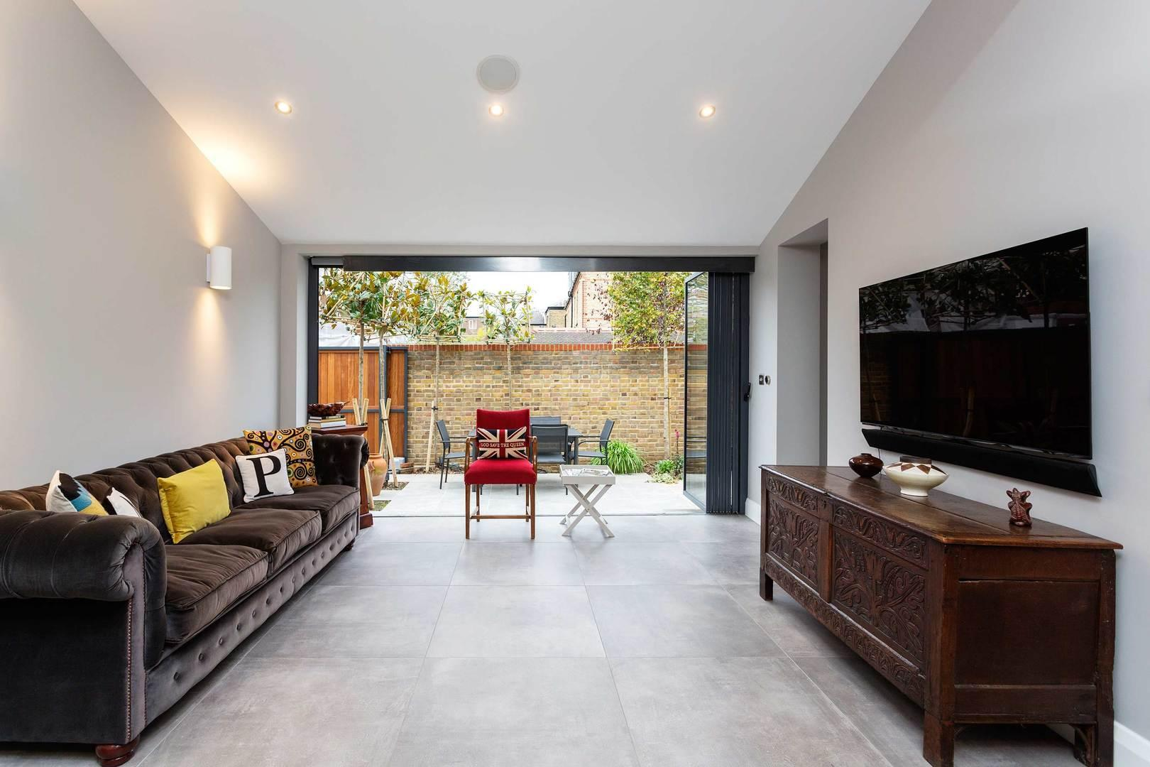 Property Image 2 - Sleek, Sophisticated Wimbledon Home with Private Garden