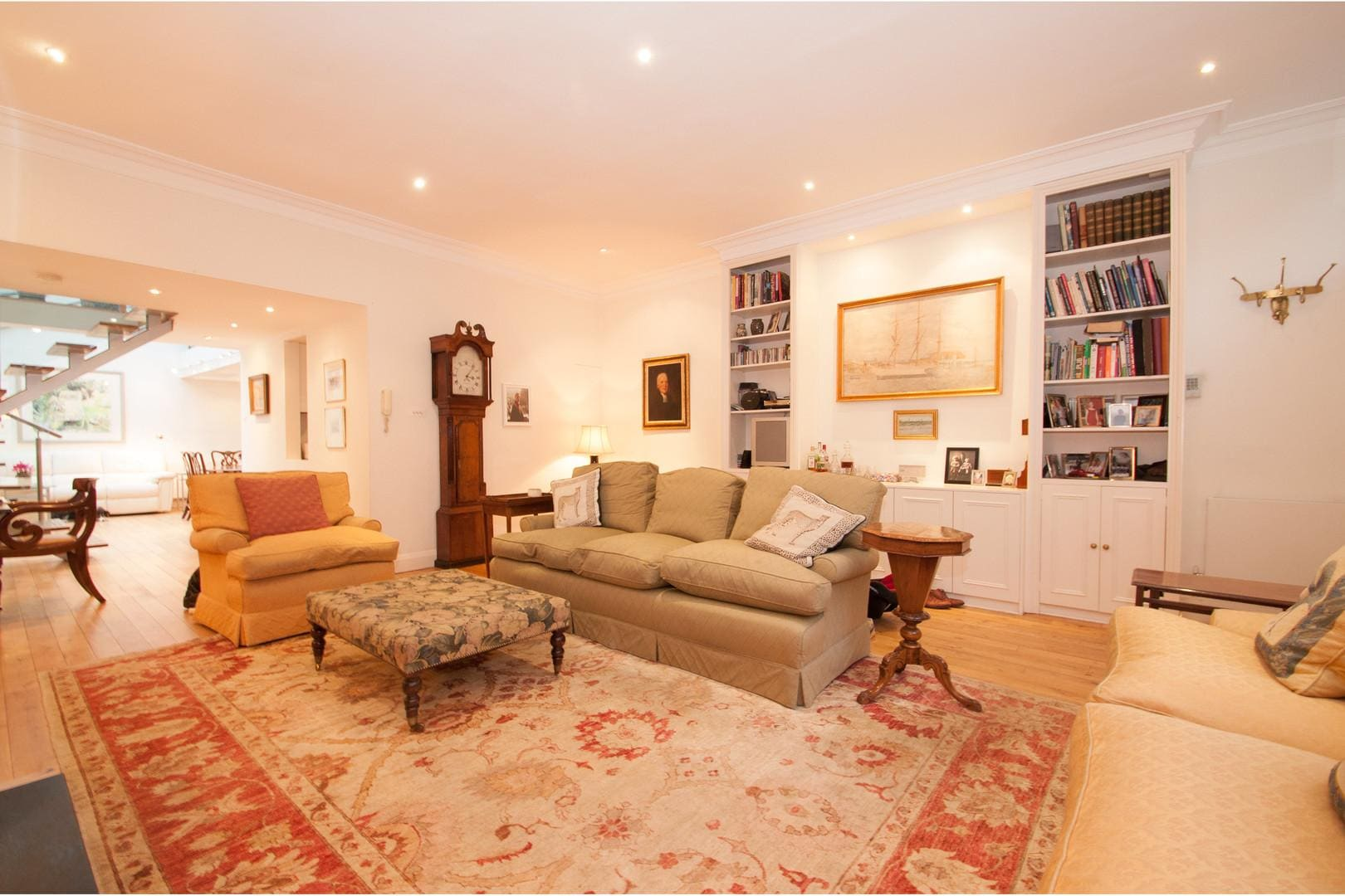 Property Image 1 - Chic Light Notting Hill Apartment with Roof Terrace